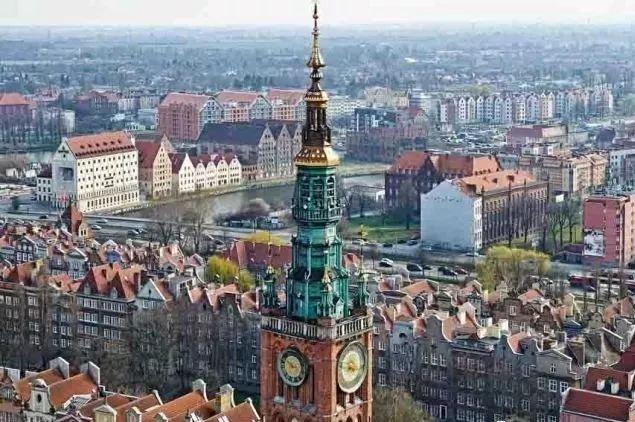 [新聞] 為什麼要選擇波蘭移民?